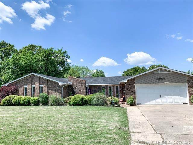 1803 Mockingbird Lane, Mcalester, OK 74501 (MLS #2038481) :: 918HomeTeam - KW Realty Preferred