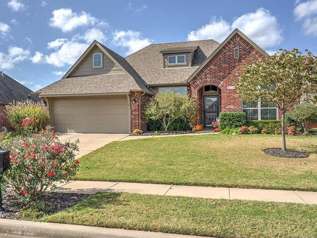 4714 S 180th East Avenue, Tulsa, OK 74134 (MLS #2038512) :: Hometown Home & Ranch