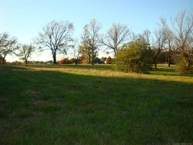 0 S 22nd Street, Collinsville, OK 74021 (MLS #2038585) :: Hometown Home & Ranch