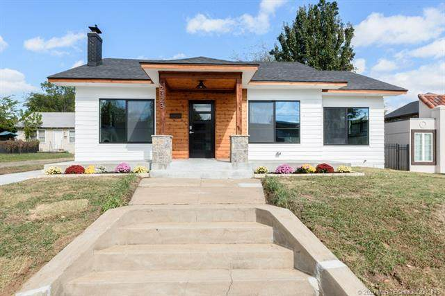 2323 E 13th Street, Tulsa, OK 74104 (MLS #2038615) :: Hometown Home & Ranch