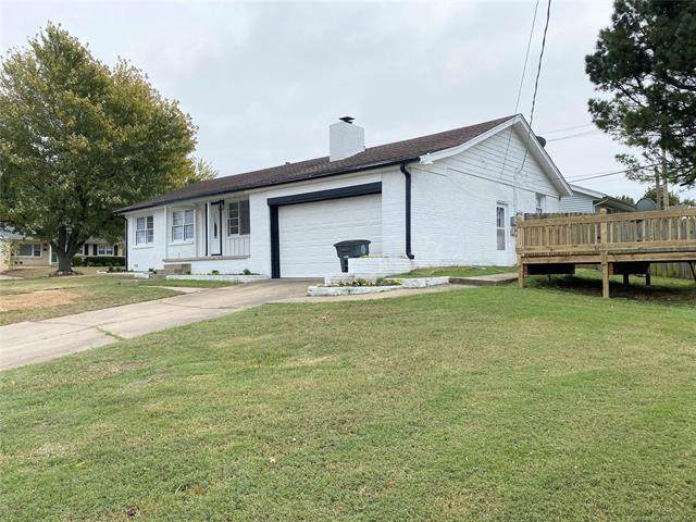 5616 E 21st Place, Tulsa, OK 74114 (MLS #2038637) :: Hometown Home & Ranch
