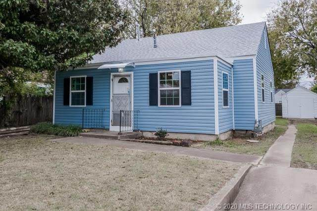 4060 E 22nd Place, Tulsa, OK 74114 (MLS #2038639) :: RE/MAX T-town