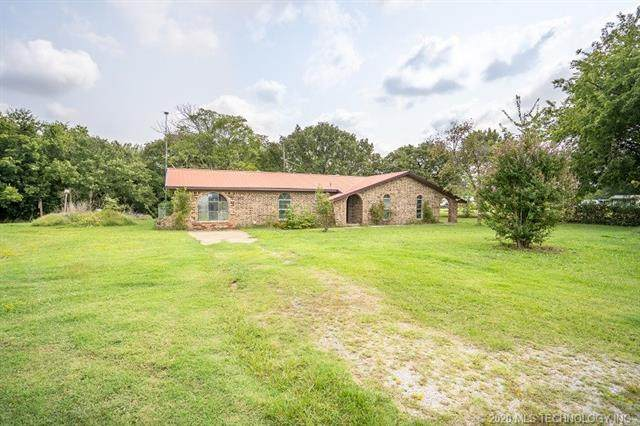 7064 Newport Road, Lone Grove, OK 73443 (MLS #2038683) :: Hometown Home & Ranch