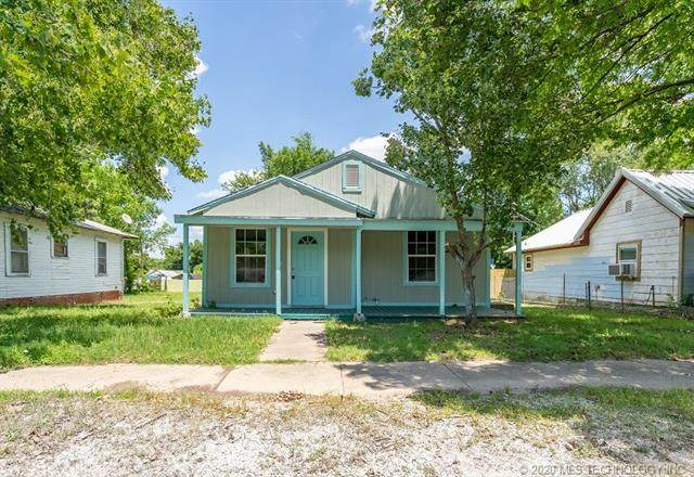 420 E Street, Ardmore, OK 73401 (MLS #2038685) :: Hometown Home & Ranch
