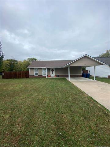 506 E Krebs, Mcalester, OK 74501 (MLS #2038701) :: 918HomeTeam - KW Realty Preferred