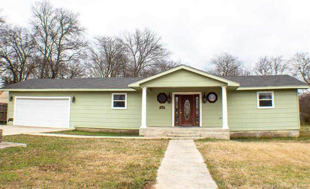 1010 10th, Ardmore, OK 73401 (MLS #2038715) :: Active Real Estate