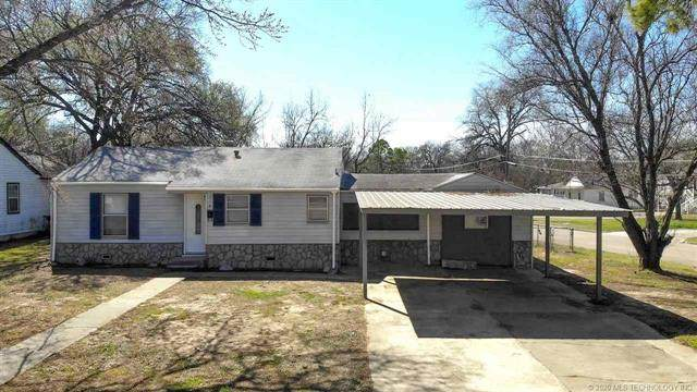 714 11th, Ardmore, OK 73401 (MLS #2038725) :: Active Real Estate