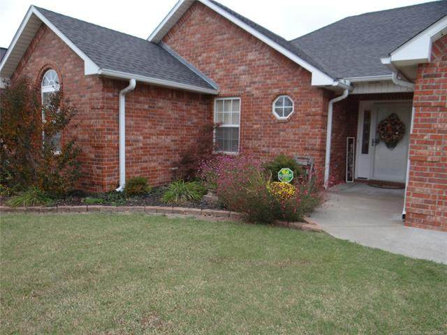 1411 Sweetgum, Mcalester, OK 74501 (MLS #2038745) :: 918HomeTeam - KW Realty Preferred