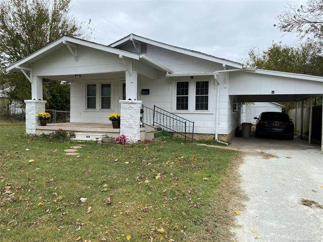 112 S Lowe Street, Holdenville, OK 74848 (MLS #2038755) :: Hometown Home & Ranch
