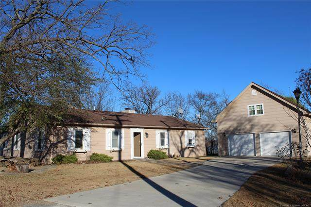 1600 Sherwood Road, Eufaula, OK 74432 (MLS #2038822) :: 580 Realty
