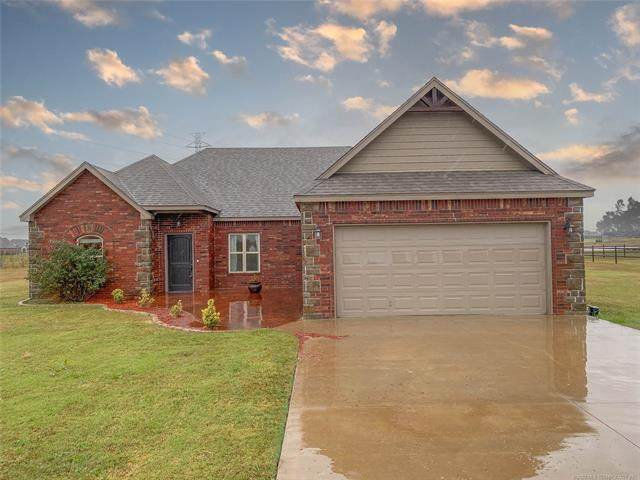 6060 E 144th Street North, Collinsville, OK 74021 (MLS #2038841) :: Hopper Group at RE/MAX Results