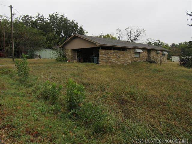 610 N K Street, Quinton, OK 74561 (#2038902) :: Homes By Lainie Real Estate Group