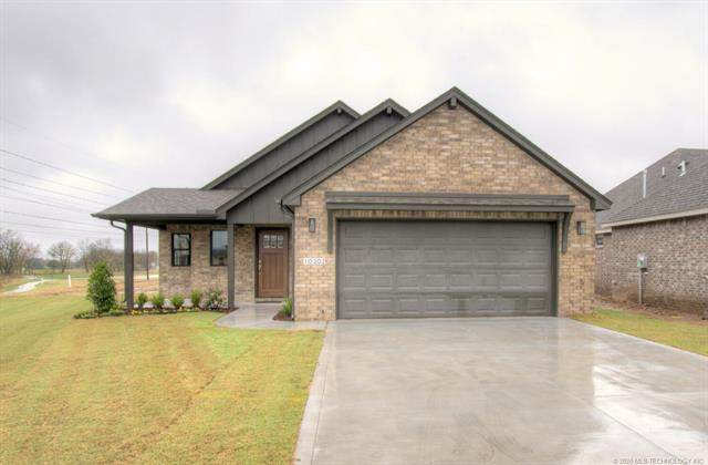 10302 S 230th East Avenue, Broken Arrow, OK 74014 (MLS #2039043) :: Hopper Group at RE/MAX Results