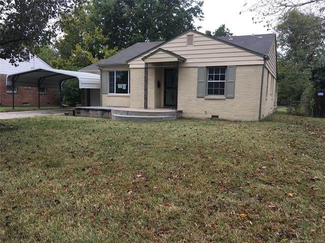 5921 E 3rd Street, Tulsa, OK 74112 (MLS #2039192) :: Hometown Home & Ranch