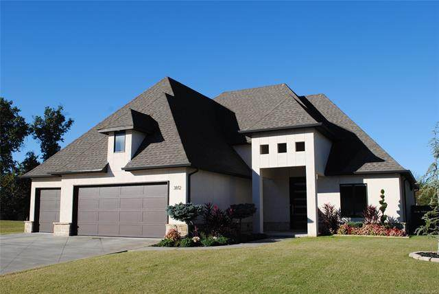 3812 S Willow Avenue, Broken Arrow, OK 74011 (MLS #2039240) :: Hopper Group at RE/MAX Results