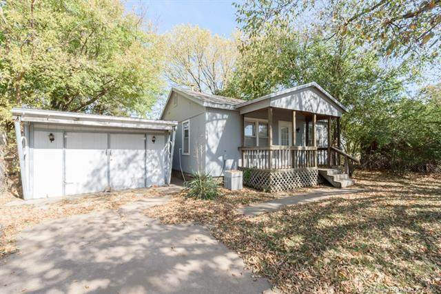 1240 E Walnut Street, Cushing, OK 74023 (MLS #2039277) :: RE/MAX T-town