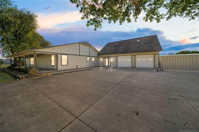 11416 E Newton Place, Tulsa, OK 74116 (MLS #2039496) :: Hopper Group at RE/MAX Results