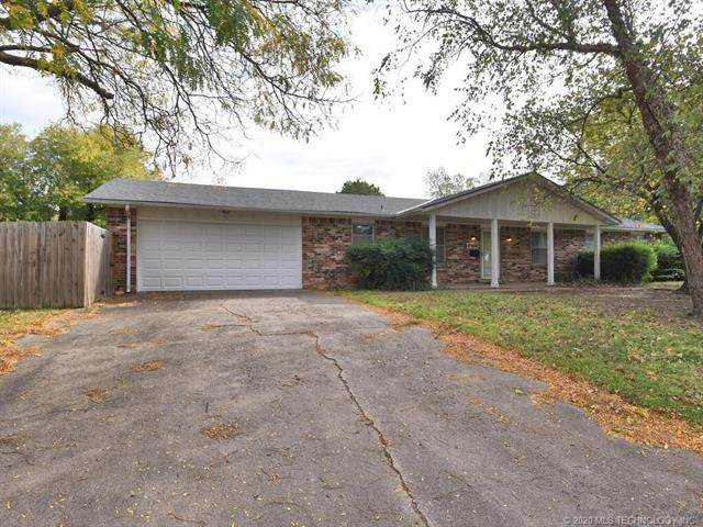 4508 SE Barlow Drive, Bartlesville, OK 74006 (MLS #2040053) :: Hometown Home & Ranch