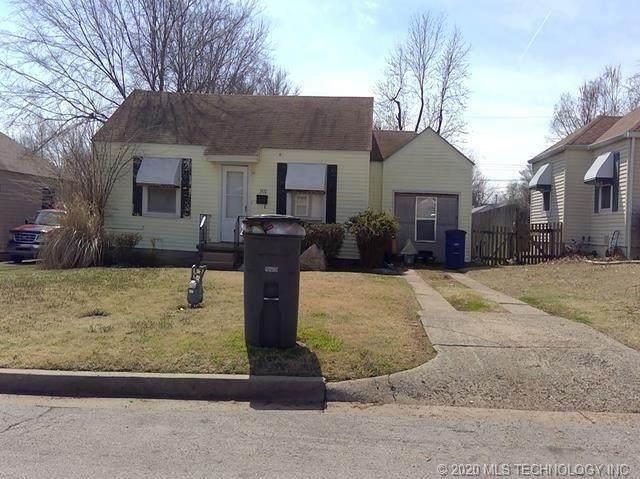 3832 E 21st Place, Tulsa, OK 74114 (MLS #2040119) :: Active Real Estate