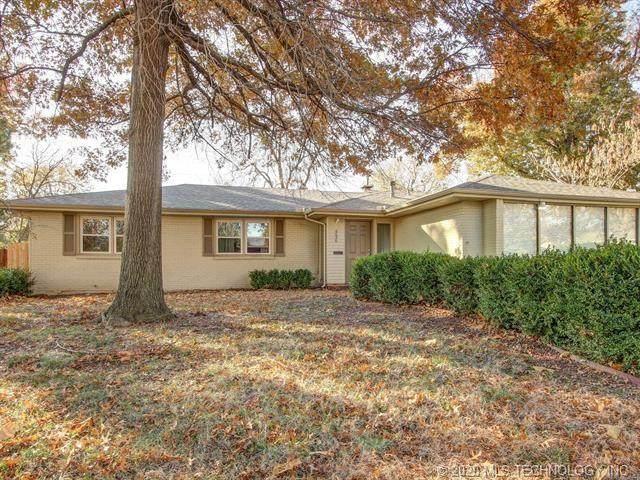 4536 E 32nd Place, Tulsa, OK 74135 (MLS #2040861) :: Hometown Home & Ranch