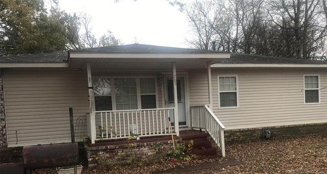 705 S Garfield Street, Wagoner, OK 74467 (MLS #2041120) :: RE/MAX T-town