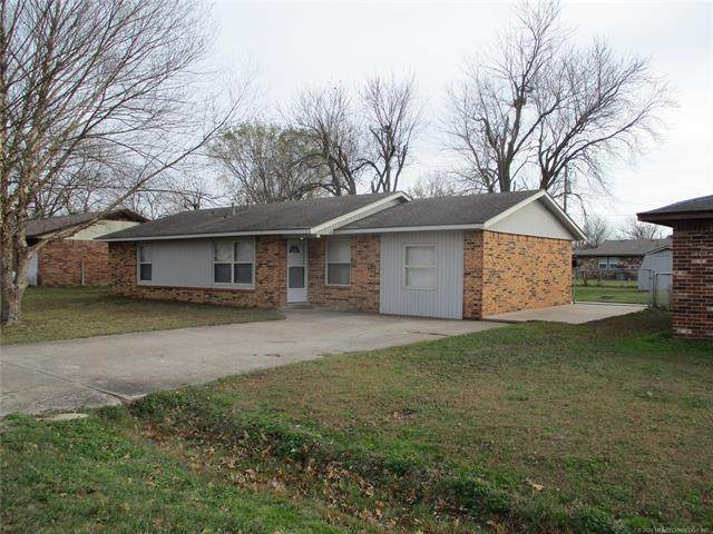 1005 SW 13th Place, Wagoner, OK 74467 (MLS #2041184) :: RE/MAX T-town