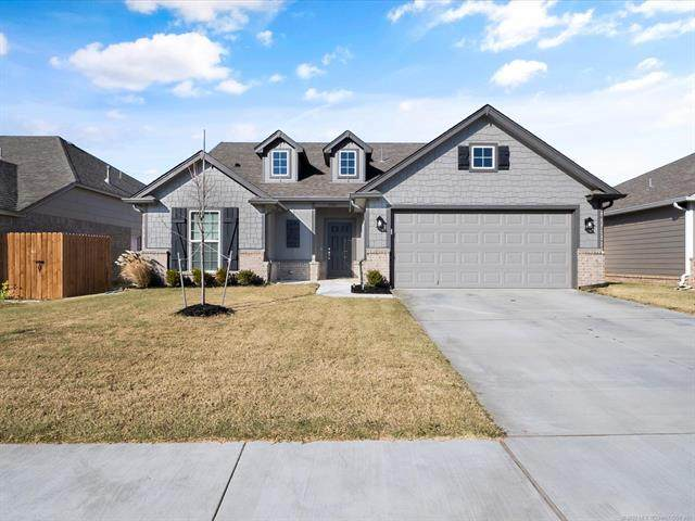 13011 E 123rd Place North, Collinsville, OK 74055 (MLS #2041191) :: RE/MAX T-town