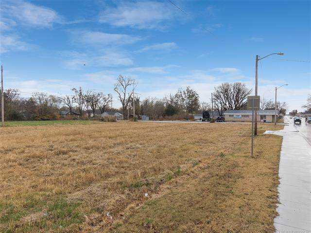 606 N Wilson, Vinita, OK 74301 (MLS #2041399) :: Active Real Estate