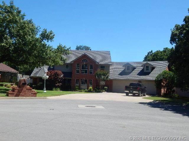 2800 Ridgeway, Ardmore, OK 73401 (MLS #2041495) :: 918HomeTeam - KW Realty Preferred