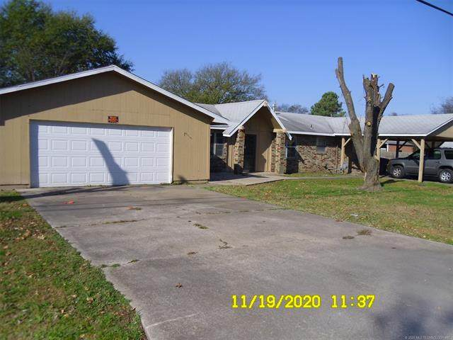 402 S Lincoln Avenue, Wagoner, OK 74467 (MLS #2041545) :: RE/MAX T-town