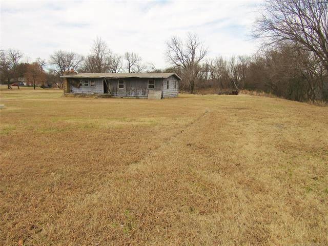 5121 E Scenic Hwy 412 Highway, Locust Grove, OK 74352 (MLS #2041699) :: Hometown Home & Ranch