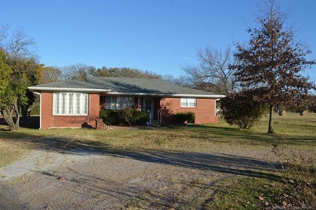 304 N Mockingbird Lane, Madill, OK 73446 (MLS #2041744) :: Active Real Estate
