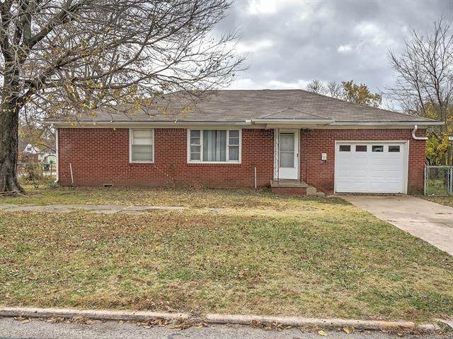 820 E Lee Avenue, Sapulpa, OK 74066 (MLS #2041770) :: 918HomeTeam - KW Realty Preferred
