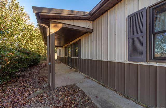 1016 Bucks Of Gains Creek Road, Mcalester, OK 74501 (MLS #2041883) :: Hopper Group at RE/MAX Results