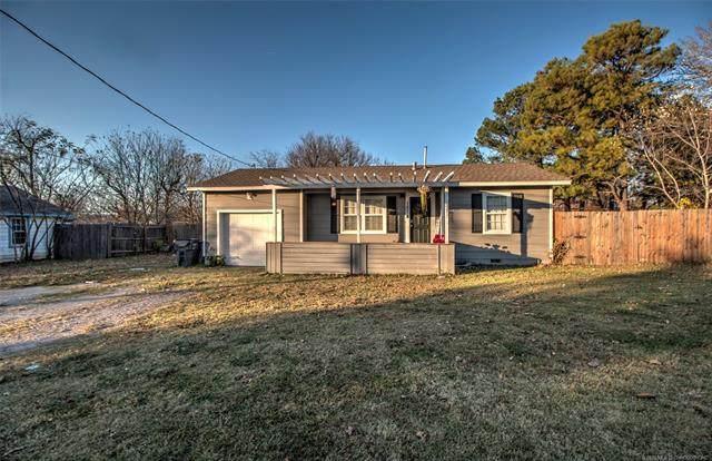 157 E 144th Place, Glenpool, OK 74033 (MLS #2041896) :: 918HomeTeam - KW Realty Preferred