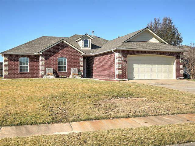 8169 E Silverado Road, Claremore, OK 74019 (MLS #2041924) :: Hometown Home & Ranch