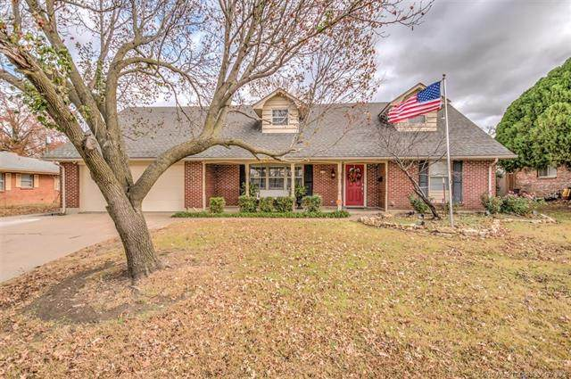 1236 SE Greystone Avenue, Bartlesville, OK 74006 (MLS #2042039) :: Hopper Group at RE/MAX Results