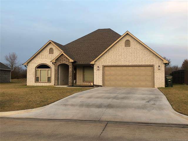 616 Club House Drive, Muskogee, OK 74403 (MLS #2042159) :: Hometown Home & Ranch
