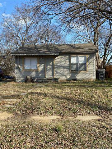 214 E Street SE, Ardmore, OK 73401 (MLS #2042260) :: Hopper Group at RE/MAX Results