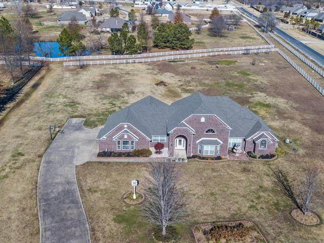 16015 E 112th Street North, Owasso, OK 74055 (MLS #2042403) :: Active Real Estate