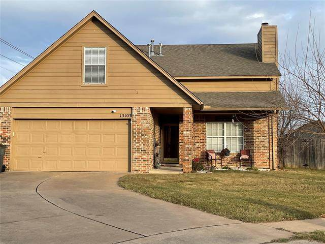 13103 S Maple Place, Glenpool, OK 74033 (#2042449) :: Homes By Lainie Real Estate Group