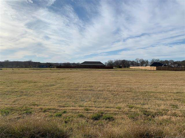 49 Buck Trail, Durant, OK 74701 (MLS #2042494) :: 918HomeTeam - KW Realty Preferred