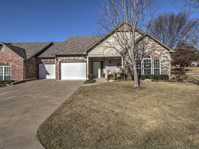 5106 W Charleston Place, Broken Arrow, OK 74011 (MLS #2042721) :: 580 Realty