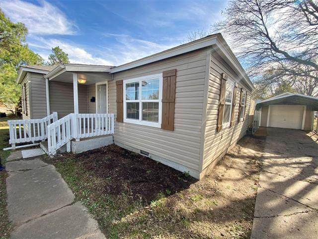702 Elm, Ardmore, OK 73401 (MLS #2042840) :: Hopper Group at RE/MAX Results