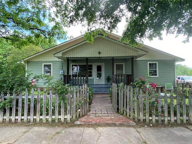 308 N J Street, Quinton, OK 74561 (MLS #2043071) :: 580 Realty