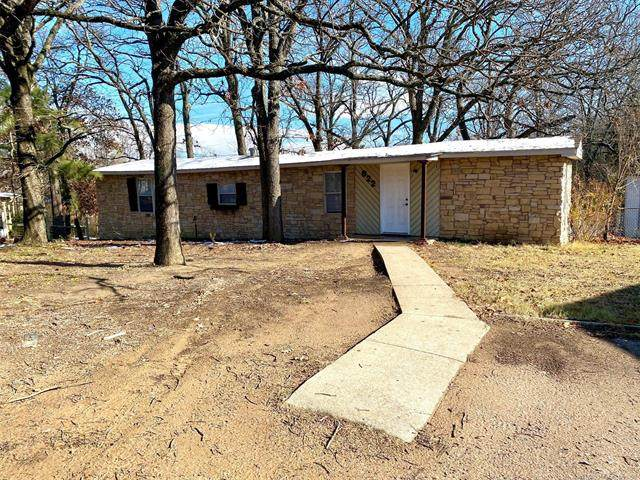 822 Wolfe Lane, Ada, OK 74820 (MLS #2043135) :: Hopper Group at RE/MAX Results