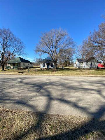 419 Shawnee Street, Lenapah, OK 74042 (MLS #2043164) :: 918HomeTeam - KW Realty Preferred