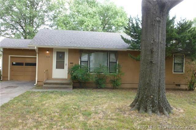 304 N 33rd Street, Muskogee, OK 74401 (MLS #2043349) :: 918HomeTeam - KW Realty Preferred