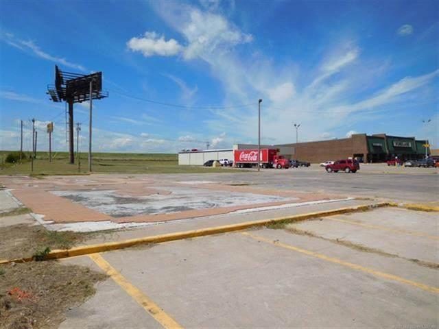 100 C E Colston Drive, Marietta, OK 73448 (MLS #2043380) :: RE/MAX T-town