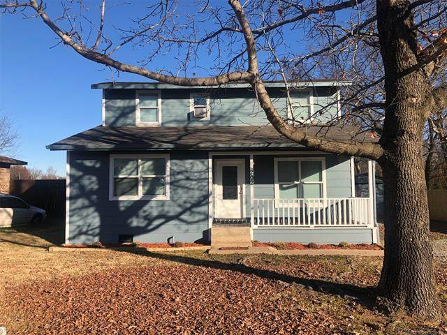 202 Umstead, Colbert, OK 74733 (MLS #2043492) :: 918HomeTeam - KW Realty Preferred